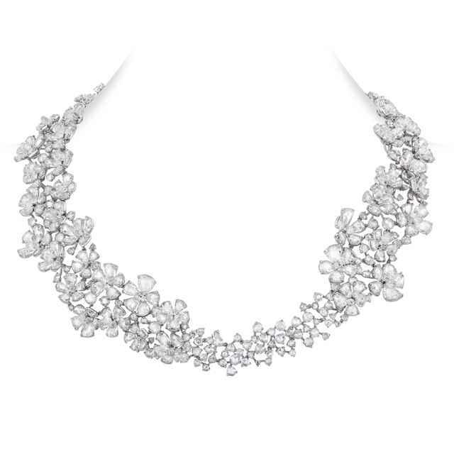 NMWhite Fluire Necklace
